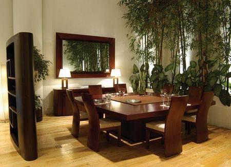 Ideas para combinar tu comedor con un hermoso espejo for Comedores modernos para 4 personas