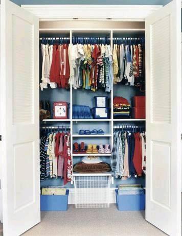 Ideas de c mo ordenar los closets para ni os for Ideas de closets modernos