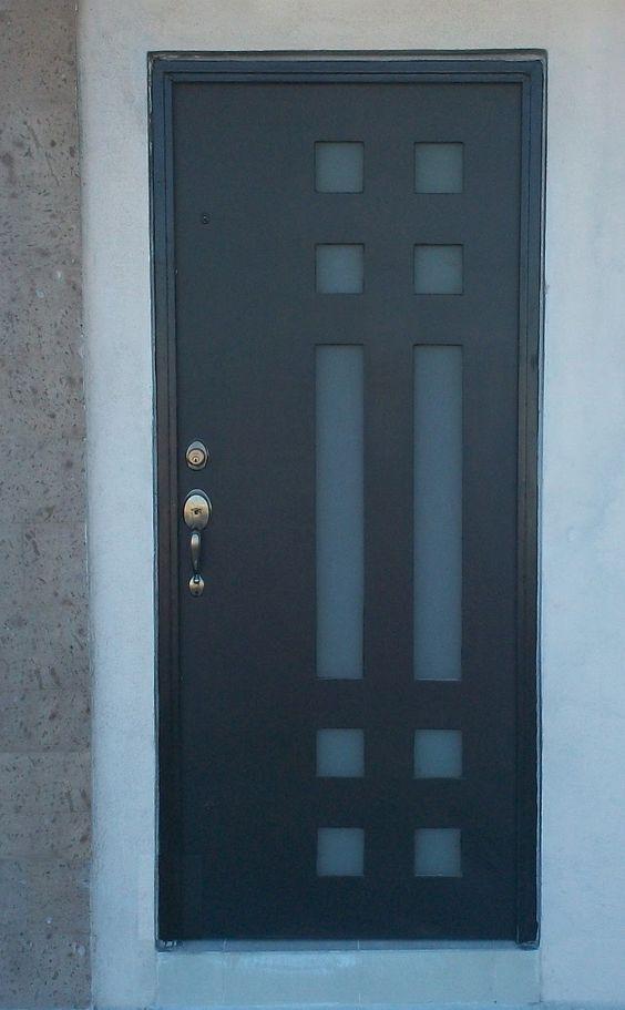 Dise os de puertas de herrer a m s modernas y m s hermosas for Puertas para calle modernas