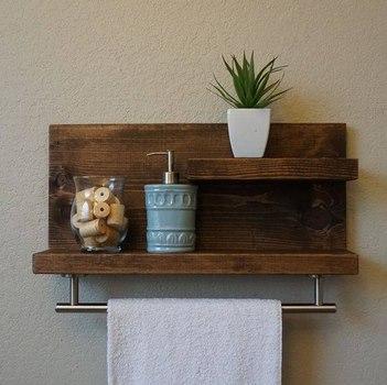 si deseas puedes aprovechar los espacios de la cocina de la sala de cualquier lugar para poner estanteras lindas y que den ordena tu hogar - Estanterias Caseras